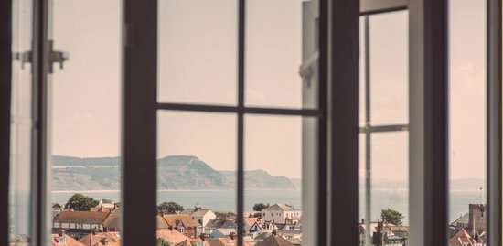 Clovelly Guest House: Lovely Sea Views