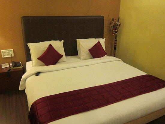 Hotel Dee Cee Manor: ベッドは普通?