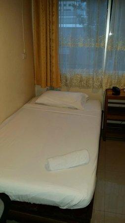 A-One Inn: Zimmer