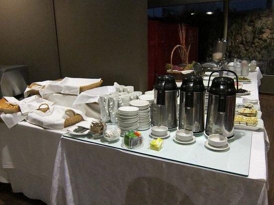 Jose Antonio Executive: 朝5時の朝食会場