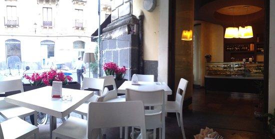 Cafe Tabbacco