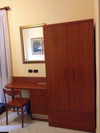 Hotel Venini: particolare camera