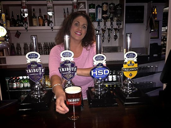 Kellie, our manager, welcomes you to the Lifeboat Inn