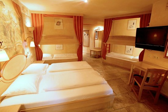 hotel colosseo europa park updated 2018 prices. Black Bedroom Furniture Sets. Home Design Ideas