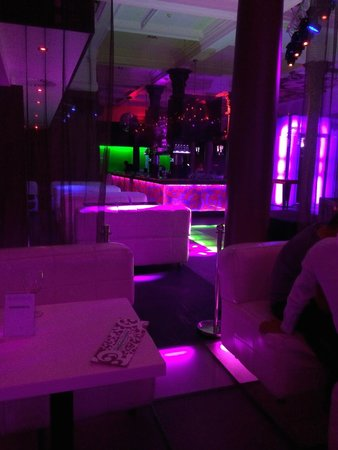 Platinium Club & Restaurant