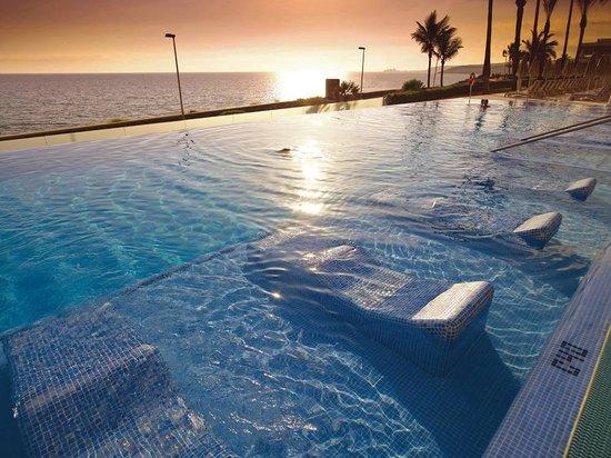Riu palace meloneras resort maspalomas webcam