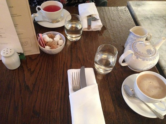 108 Brasserie: Table Setting with a Fruit Tea, and Lady Grey