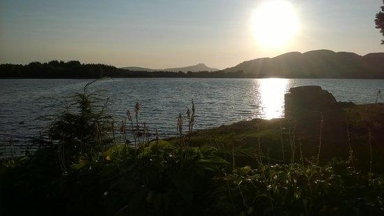 Lochend Chalets: Uitzicht vanaf ons terras