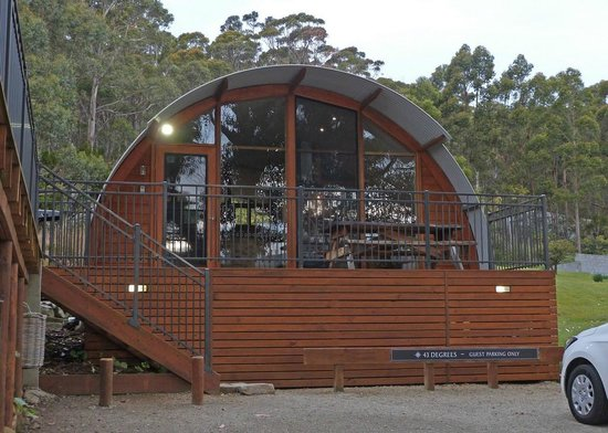 43 Degrees Bruny Island: Front of unit