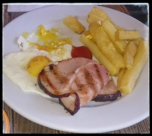 The Parlour: Ham Egg and Chips