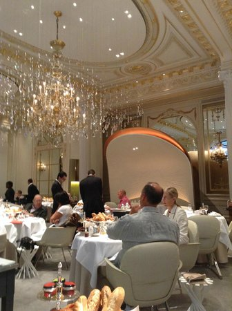 breakfast at alain ducasse picture of hotel plaza. Black Bedroom Furniture Sets. Home Design Ideas