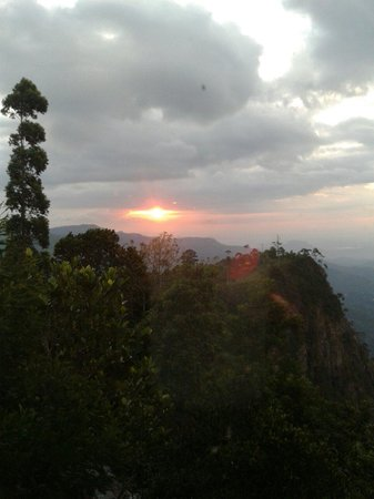 White Monkey - Dias Rest: Sunrise view  from our view