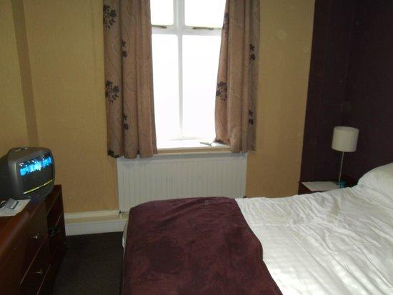 Bay Norbreck Hotel: Bedroom.