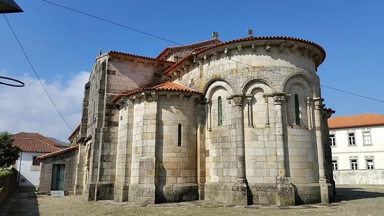 Igreja de Sao Pedro de Rates