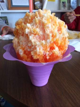 Kukui's Hawaiian Shaved Iced : Medium creamsicle Hawaiian shaved ice