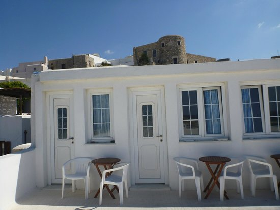 Despina's Rooms : The roof rooms with view up to the castle