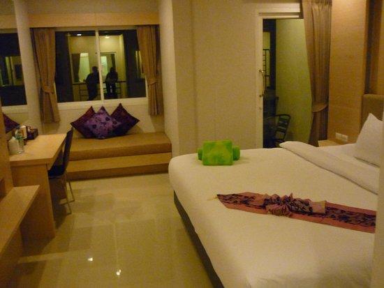 Andatel Grande Patong Phuket Hotel: наш номер
