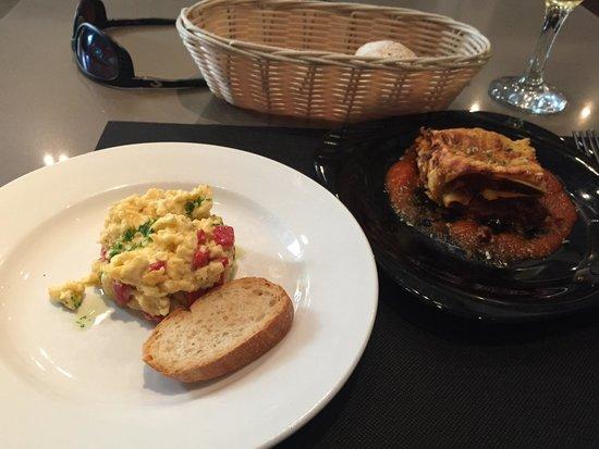 Bruc33Tapas : Eggs and lasagna, both fantastic