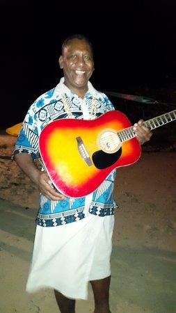 Coralview Island Resort: Bula Smiles even at night