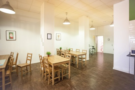 360 Hostel Barcelona: Comedor