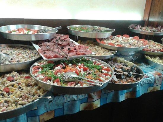 Ciu's: buffet