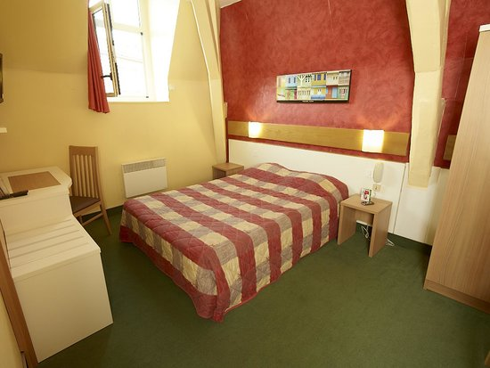 Inter-Hotel Continental Poitiers : chambre tradition double