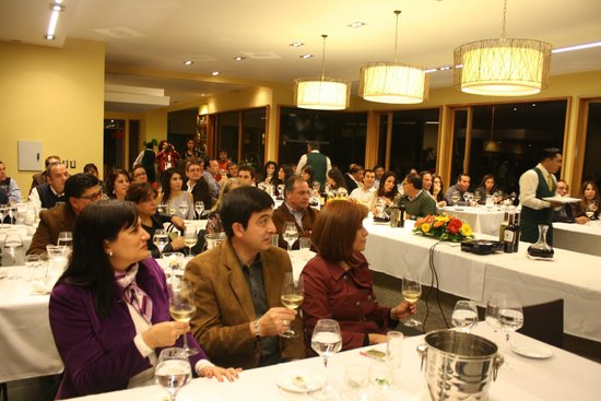 Restaurant Maracuya: Clase Magistral de Vinos para Clientes