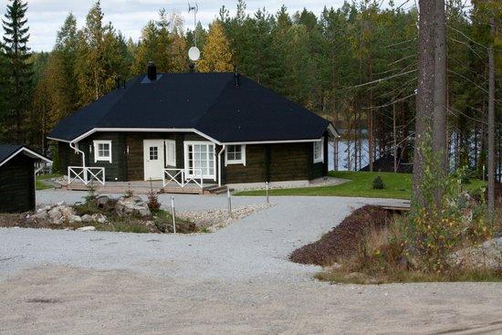 Finlandia: AP-Contact Service Ky, коттедж Муттери