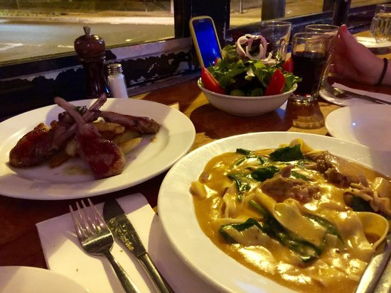 Il Baretto: Delicious, creamy 'Duck Ragu'. Perfectly cooked pasta and very tasty.  Lamb Chops was nice and