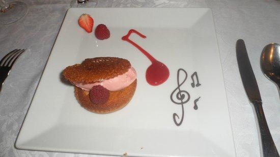 Hotel de l'Echo: Dessert Croquandine