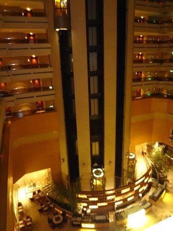 Sheraton Grande Taipei Hotel: 1階レストラン
