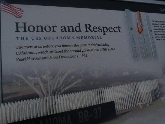 USS Oklahoma Memorial: Mémorial USS oklahoma
