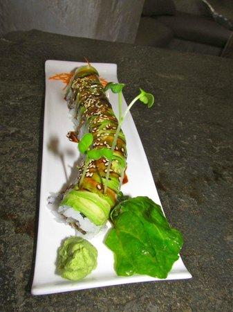 Sushi Main Street: Caterpillar roll