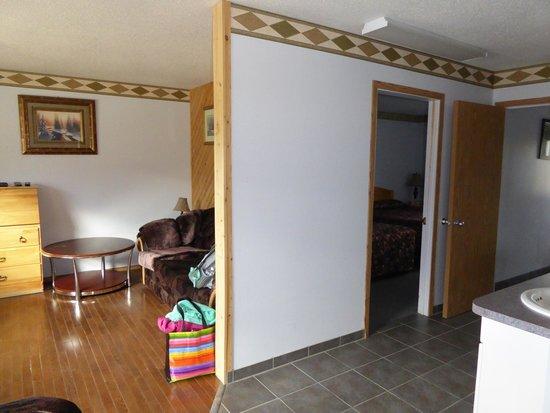 Alcan Motor Inn : Zimmer 211 (Suite)