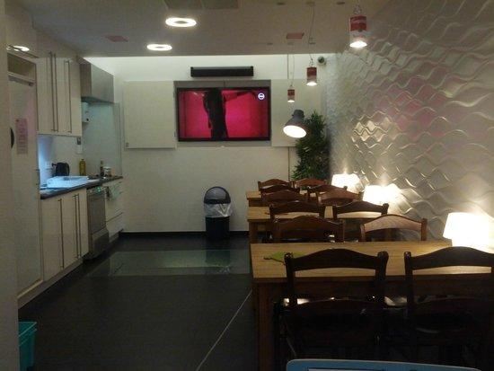 2Go4 Grand Place: Cocina 2