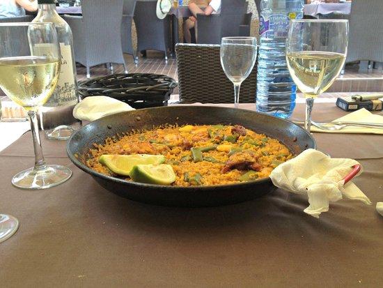 La Bodegueta Del Mar: Paella valenciana