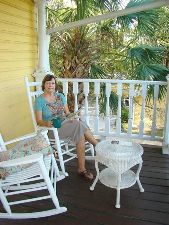 Coombs House Inn: Loved the outside porches and decks