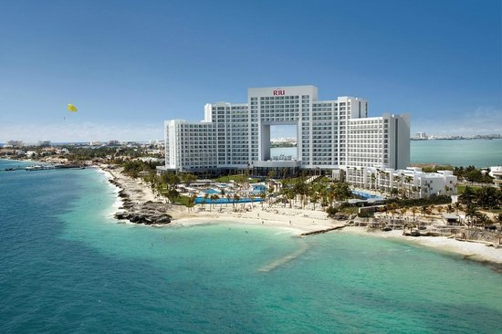 Hotel riu palace peninsula cancun mexico all for Americana hotel nyc