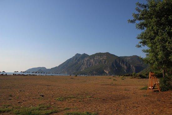 Arcadia Hotel: Cirali beach and view