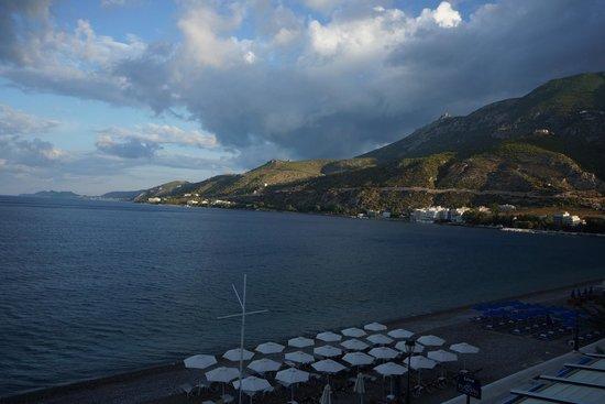 Mantas Seaside Hotel: Från rummet