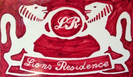 Lions Residence: Stemma