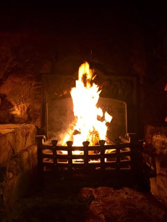 Kings Head Pub: Time for fire!