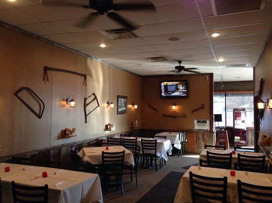 Barn Board Grill & Saloon : Decorated Banquet Room