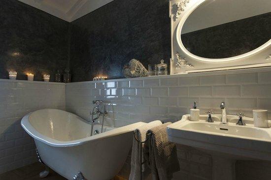 Bagno del fortino picture of country house il faeto rignano sull 39 arno tripadvisor - Becattini arredo bagno rignano ...