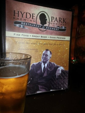 Le Petit Chateau Inn : Hyde Park Brewing Co. is a good dining/drinking option