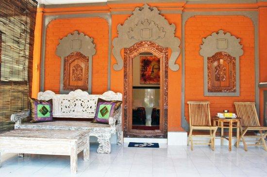 Bali Guest Villas: 2 Bedroom Private Villa with 3 Queen Beds