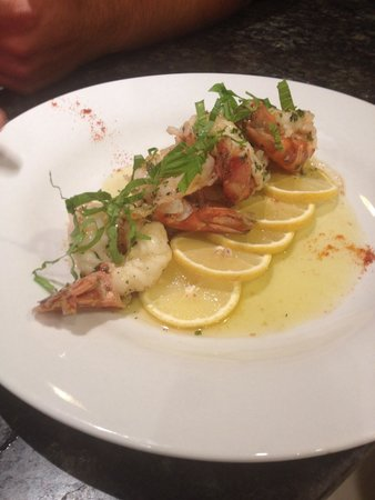 Spago Ristorante Italiano : Large prawns done in garlic and white wine. Presented beautifully by chef Dave