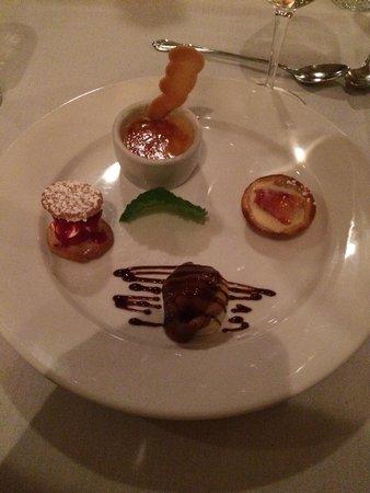 Le Bistro : The Grand Dessert!