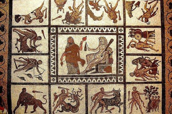 Museo Arqueologico Nacional: Los 12 trabajos de Hércules