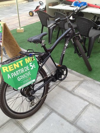 Puerto Jose Banus, Spagna: RENT A BIKE WITH G2MOVE